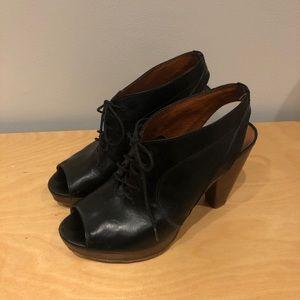 Madewell Peep-Toe Oxford Heel